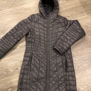 The North Face thermoball long coat M EUC